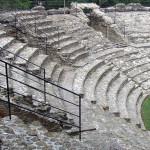 Falerius Picenus: il teatro immerso nel verde