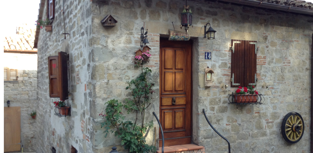 borgo_montemonaco