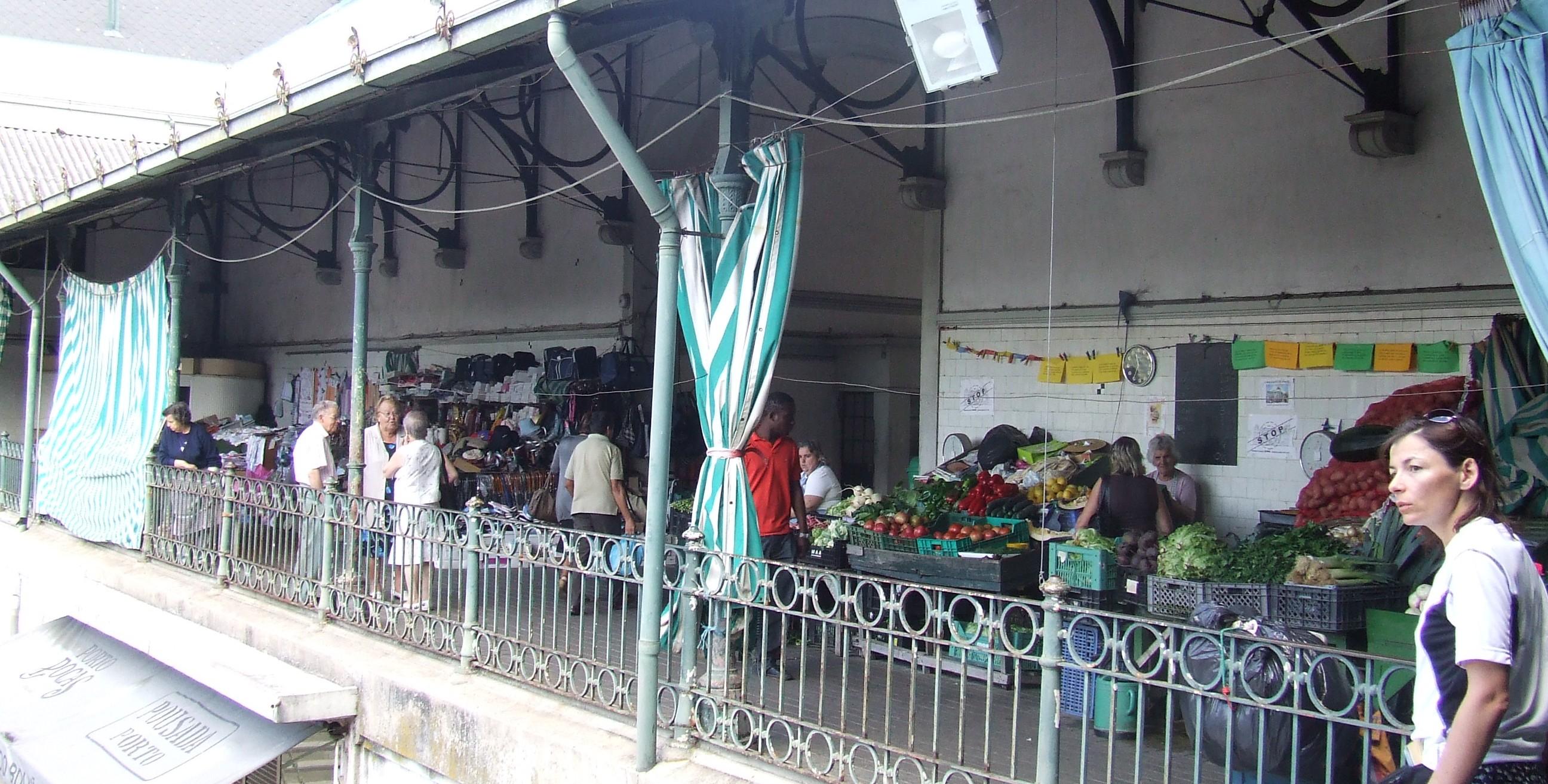 Mercado di Bolhao