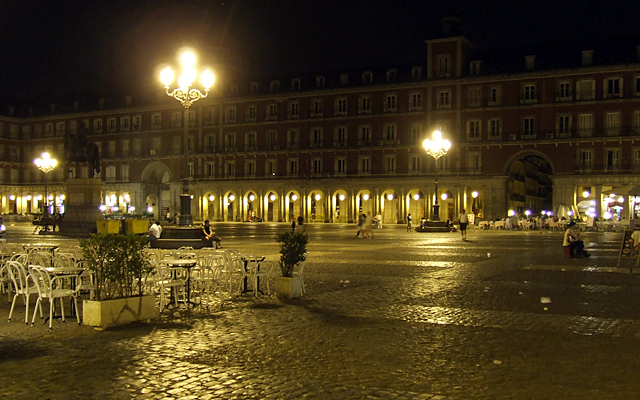madrid_plazamajor_night
