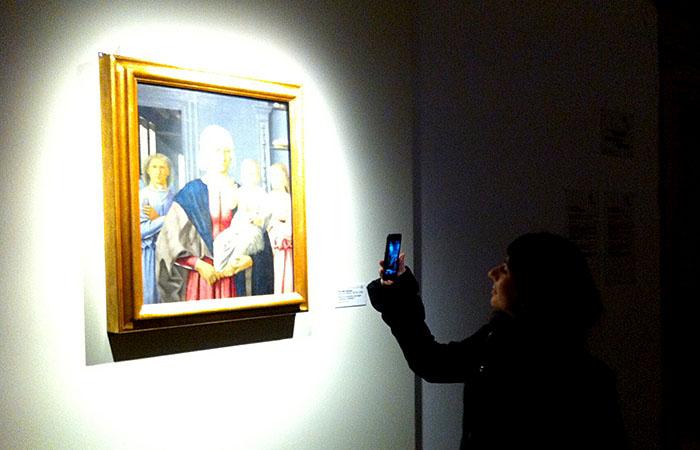 La Madonna di Senigallia di Piero della Francesca.