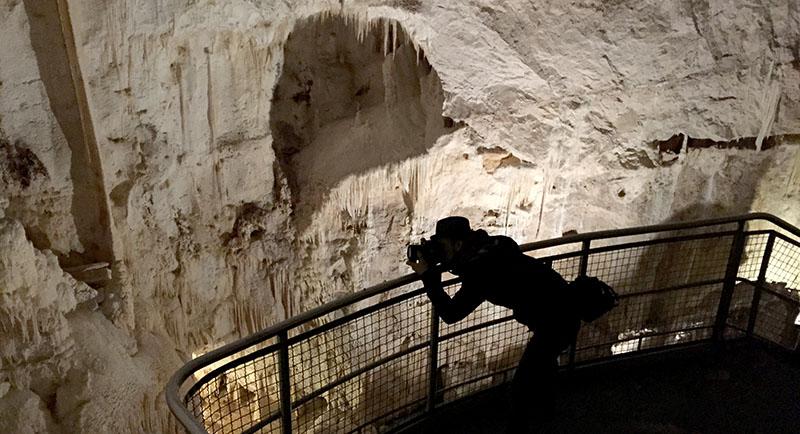 frasassi_caves2