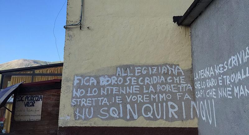 castelluccio-scritte