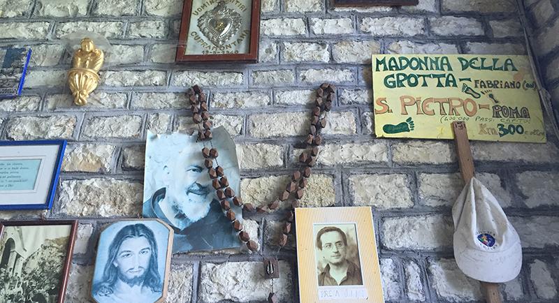 santuario-madonna-grotta-4