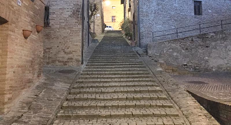scalinata-sarnano
