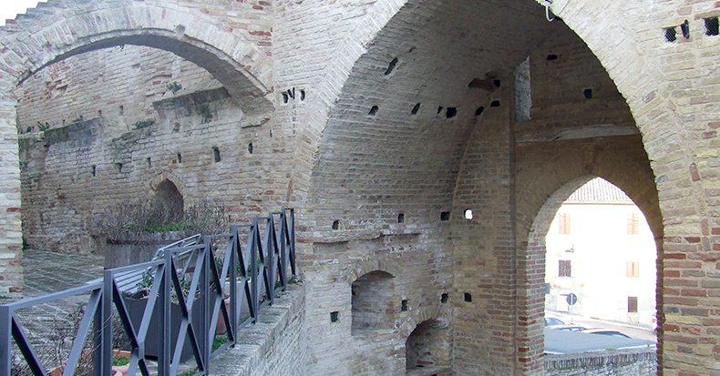 Castel d'Emilio: il piccolo borgo nascosto tra le colline